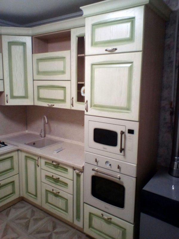 Угловая кухня на заказ - Мебельная фабрика Адалит