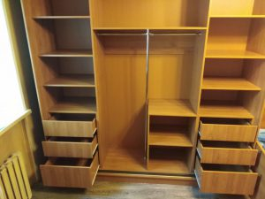 Отличный способ сэкономить пространство – купить шкаф-купе