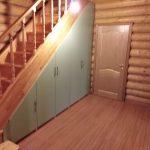 Встроенный шкаф под лестницей в частном доме - Мебельная фабрика Адалит