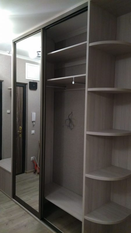 Прихожая с открытой входной группой - Мебельная фабрика Адалит