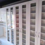 Белые шкафы витрины для гостиной - Мебельная фабрика Адалит