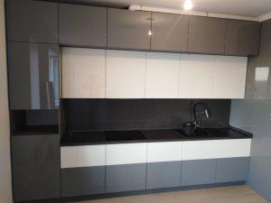 Угловая двухуровневая кухня - Мебельная фабрика Адалит