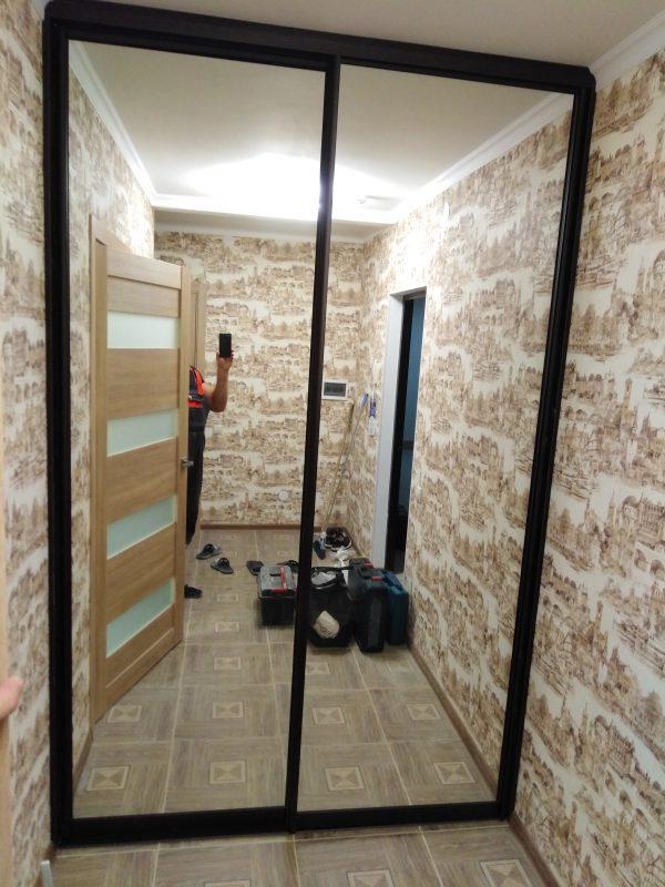 """Встроенный шкаф купе с двумя дверьми """"Венге Линум"""" - Мебельная фабрика Адалит"""